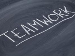 teamwork-word-on-blackboard-265x198 Spiele für die Jugendarbeit