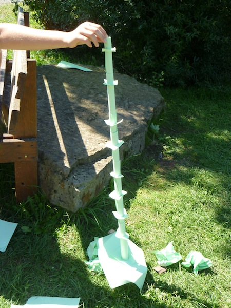 Turmbau - nur aus Papier
