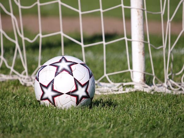 Fußball spielen in der Gruppenstunde