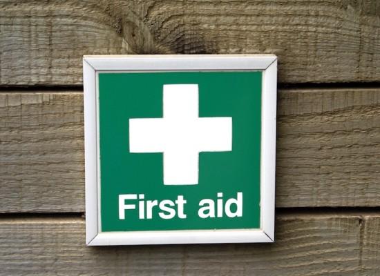 Kurz notiert: Erste Hilfe (3), Essstörungen & WebFish 2009
