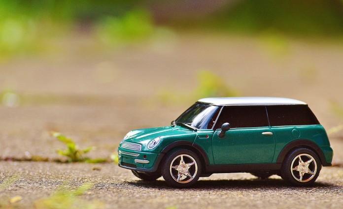 13 Ideen für lange Autofahrten mit Kindern