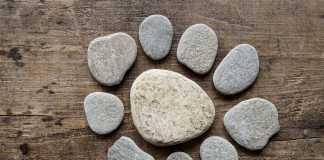 pebbles-796943_1280