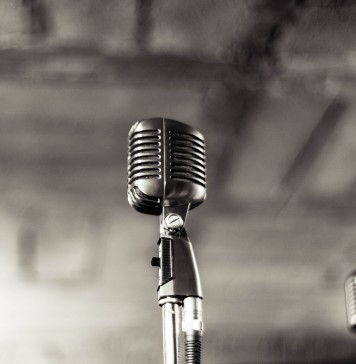 microphone-933057_1280