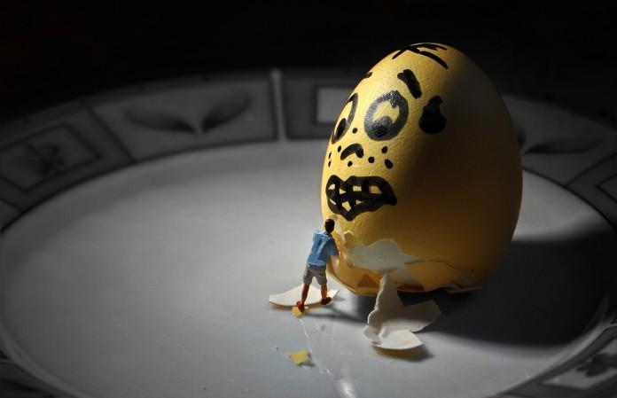 Basteln zu Ostern: Bunte Eier