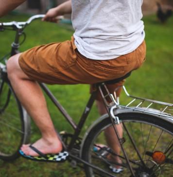 man-shorts-people-trunk