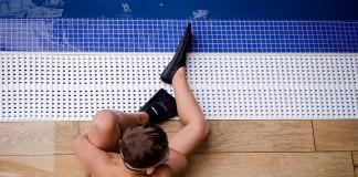 pool-1085282_1280
