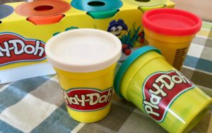 playdoh-kindergartenpreis-hintergrund