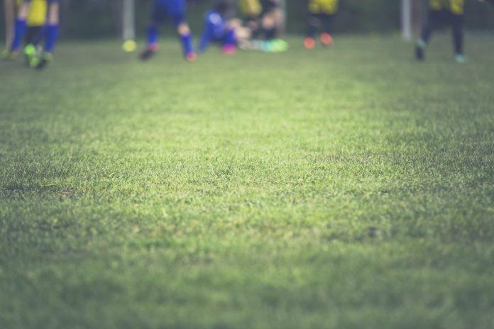 Spiele rund um den Fußball - 33 Aktionen für Gruppen