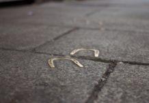 sidewalk-luck-horseshoe