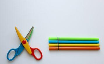 colour-pencils-1803669_1280