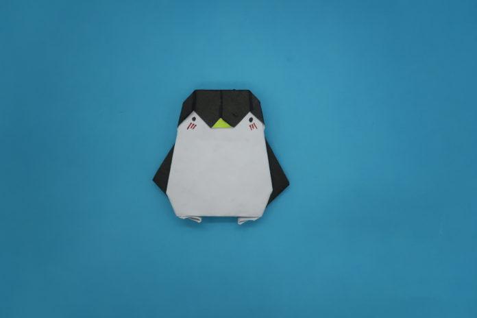 Origami: Pinguin aus Papier falten