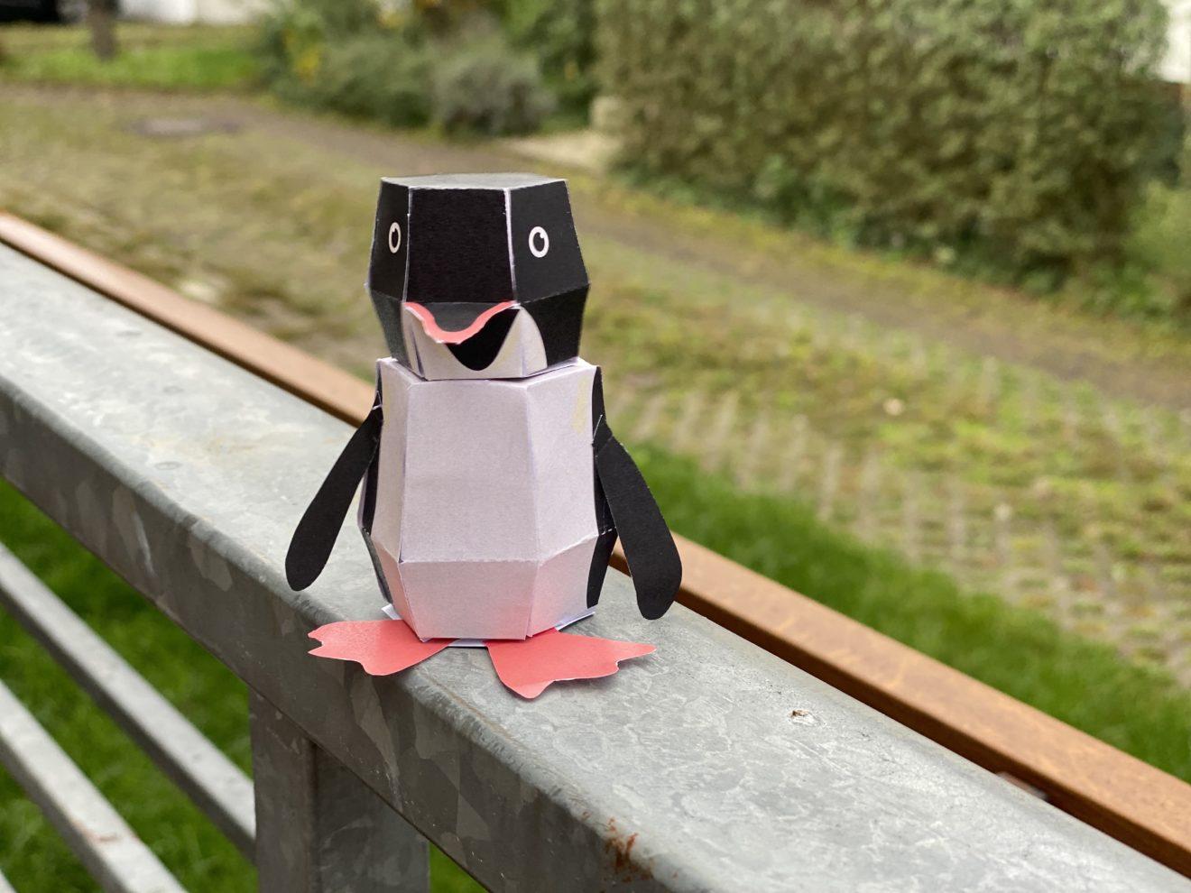 Bastelbogen: Ein Pinguin aus Papier